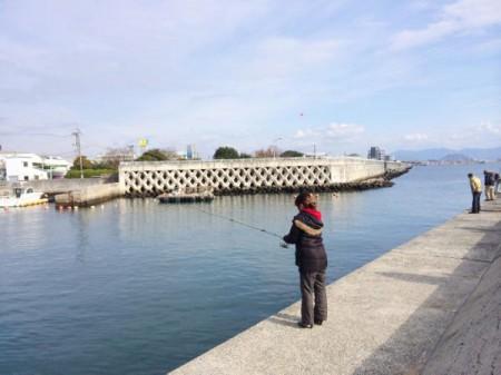 子供と初めての海釣り-サヨリ釣り-写真 2014-12-07 16 05 10