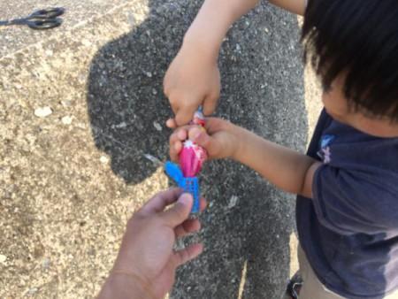 子供でも釣れるファミリーフィッシングと釣果-写真 2015-05-10 17 24 46